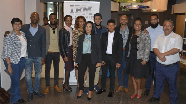 IBM-Techscale-Candidates-with-IBM-team-and-Mentors-640x360